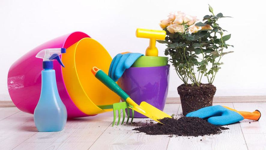 Indoor Gardening Supplies: A Checklist to Get You Started on Your Indoor Garden
